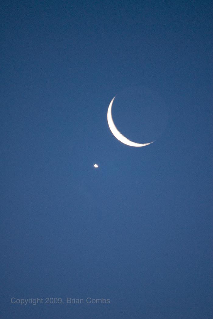 Venus-Moon Conjunction, April 2009 - 2